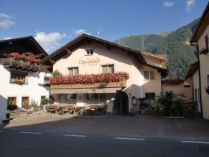 Hotel Chavalatsch - Tubre
