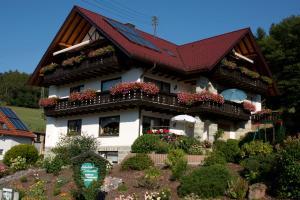 Gästehaus Cornelia - Hobbach
