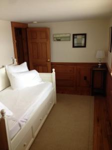 Wychmere Beach Club Hotel Harwich Port