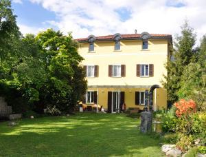 Albergues - Villa del Gusto