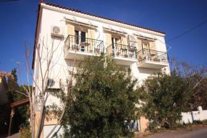 Ulrika Aegina Greece