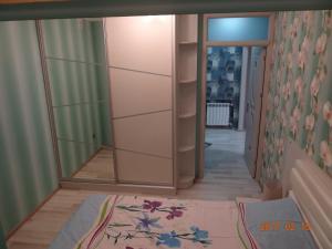 Apartment on Ali Valiyev 9, Апартаменты  Баку - big - 25