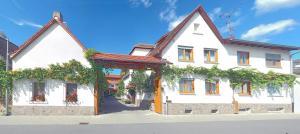 Hotel Bett & Frühstück - Geinsheim