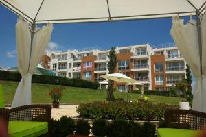 Apartments in Sunny Island Complex, Apartmánové hotely  Chernomorets - big - 57