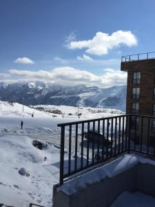 Studio apartment #507 in Mgzavrebi, Apartments  Gudauri - big - 13