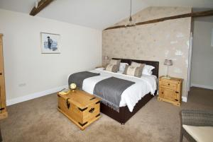 Magpies Lodge, Bed and breakfasts  Slinfold - big - 21