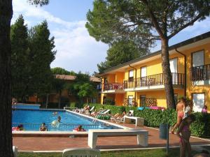 Villaggio Dei Gelsomini, Apartments  Bibione - big - 12