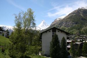 Haus St. Bernhard - Apartment - Zermatt