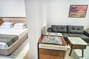 Hotel Adrović, Hotely  Sveti Stefan - big - 5