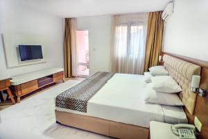 Hotel Adrović, Hotely  Sveti Stefan - big - 2
