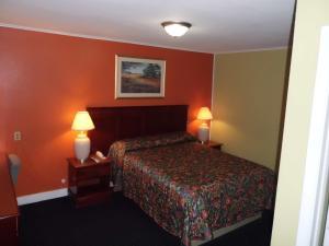 Budget ZZZZ Motel, Motels  Cleveland - big - 59