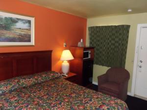 Budget ZZZZ Motel, Motelek  Cleveland - big - 12