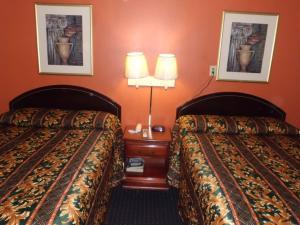 Budget ZZZZ Motel, Motels  Cleveland - big - 17