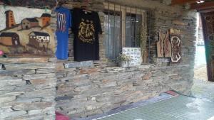 Tishe, Hostels  Omalo - big - 32