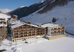 Thermal-Badhotel Kirchler - Hotel - Hintertux