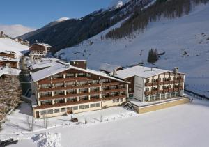 Thermal-Badhotel Kirchler, Hotels  Tux - big - 1