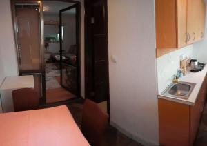 Villa Jadran Apartments, Apartmány  Bar - big - 65