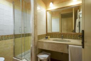 Lantana Resort Hotel & Apartments (3 of 97)