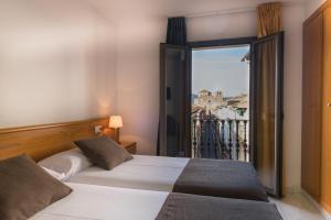 Hotel Alta Garrotxa, Hotely  Tortellá - big - 61