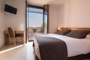 Hotel Alta Garrotxa, Hotely  Tortellá - big - 11