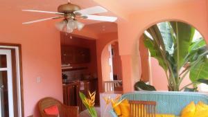 Tobago Hibiscus Golf Villas & Appartments, Apartmanhotelek  Mount Irvine - big - 41