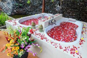 Banyualit Spa 'n Resort Lovina, Resort  Lovina - big - 61