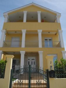 Apartments Montenegrina