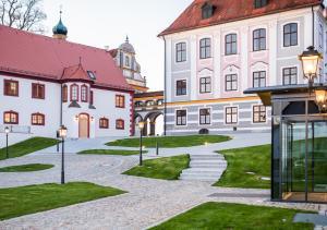 Hotel Schloss Leitheim - Burgheim