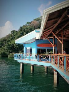 Fish Hook Marina Hotel, Golfito