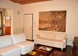 Castiglione Apartment - AbcAlberghi.com