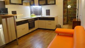 Two-Bedroom Flat on Adoratskogo 4 - Kazan