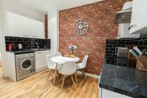 Heart of London Apartment