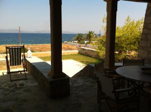 Aigina 3 Bedroom House by the Sea Aegina Greece