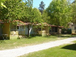 Location gîte, chambres d'hotes Camping Frédéric Mistral dans le département Alpes de haute provence 4