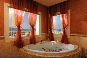 Villa Iris Luxury House, Ville  Malia - big - 23