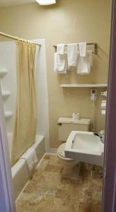 Park N Stay Inn, Hotely  Johnson City - big - 14