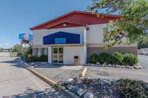 Motel 6-La Crosse, WI
