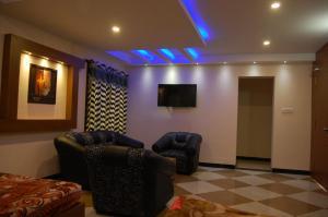 Ezhil Residency