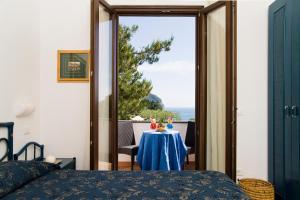 Hotel Ideal, Szállodák  Ischia - big - 35