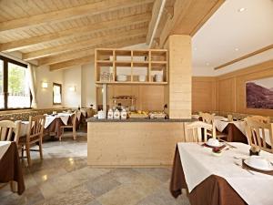 Hotel Garni Minigolf, Отели  Ледро - big - 108