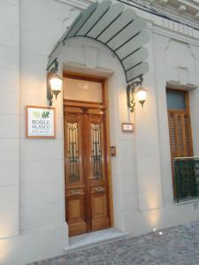 . Hotel Roble Blanco