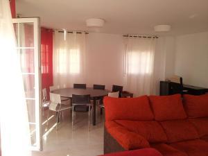 Chalé Barajas Stay, Penziony  Madrid - big - 23