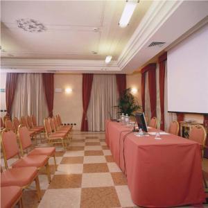 Hotel La Cantina, Отели  Medolla - big - 24