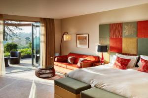 Ockenden Manor Hotel & Spa (7 of 50)