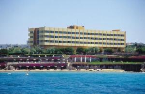 Курортный отель Babaylon, Чешме