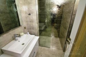 MyHouse N5 Suites, Апартаменты  Эсеньюрт - big - 18
