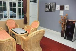 Pele Guesthouse, Penzióny  Bandung - big - 35