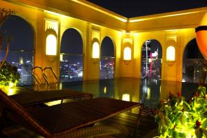 Awesome CBD Luxury Apartment Icon56 Rooftop Pool - Ho Chi Minh City
