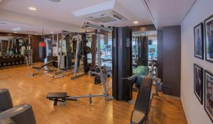 Oakwood Residence Naylor Road Pune, Apartmánové hotely  Pune - big - 17