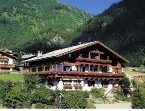 Residence Grünwald - AbcAlberghi.com